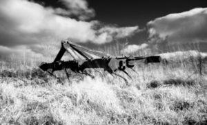 Infrared plough machine